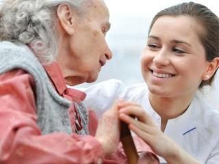 Primeros Auxilios y Atención Sanitaria en Geriatría