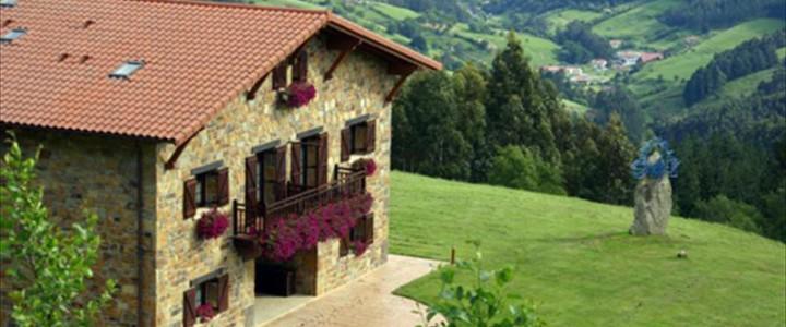 Curso gratis Programa Superior de Certificación Profesional en Dirección y Gestión de Alojamientos Turísticos Rurales online para trabajadores y empresas