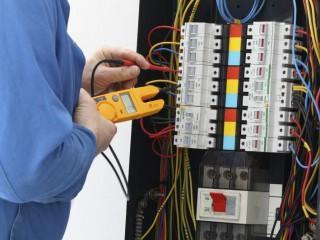 UF0540 Prevención de Riesgos Laborales y Medioambientales en las Operaciones Auxiliares de Montaje de Instalaciones Electrotécnicas y de Telecomunicaciones en Edificios