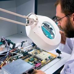 Técnico en Electrónica y Microelectrónica