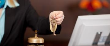 Técnico Profesional en Recepcionista - Conserje