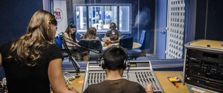 Cine, Radio y Televisión