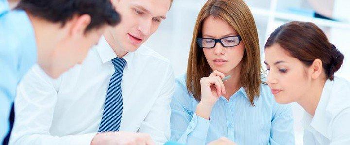 MF1067_3 Organización y Atención al Cliente en Pisos