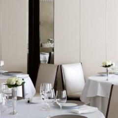 Servicio básico de alimentos y bebidas y tareas de postservicio en el restaurante. HOTR0208 - Operaciones básicas del restaurante y bar