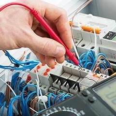 ELEQ0111 Operaciones Auxiliares de Montaje y Mantenimiento de Equipos Eléctricos y Electrónicos